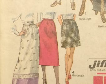 Skirt Pattern / Vintage Skirt Pattern / Retro Skirt Pattern  / Small Skirt Pattern / Jiffy Skirt Pattern / Simplicity 9099 / UNCUT