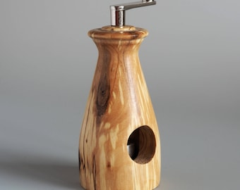 Nutmeg Mill made of gestocktem Birch wood