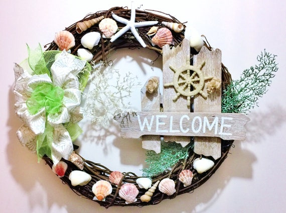 Shells Sailing Wheel Starfish Sea Weed Beach Sea - Welcome Door Grapevine Wreath