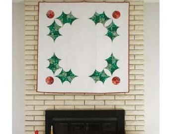 Holly Holiday Quilt Pattern by Violet Craft