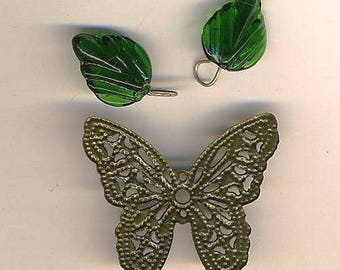 Print butterfly and two green leaves