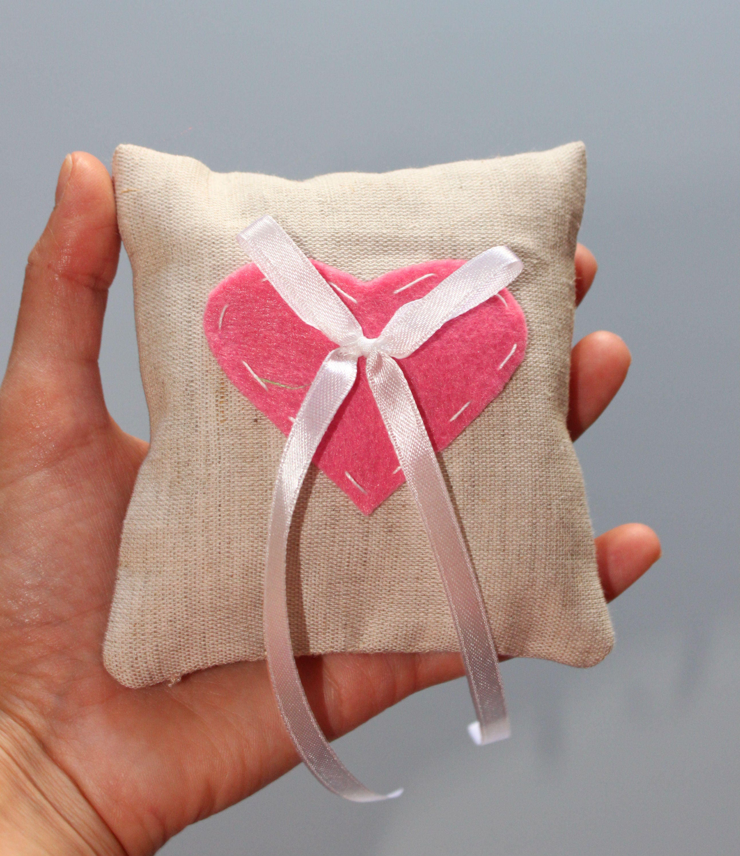 Wedding ring pillow with heart
