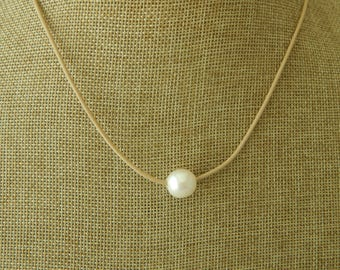 Khaki leather cord with a white pearl, boho style, pearl on leather, beach boho, festival chic, resort jewelry, neutral necklace