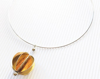 Choker with golden paper pendant, paper jewelry, golden pendant, gift for her, gift for mom