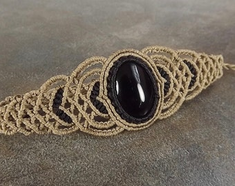 Macrame Bracelet - Black Onyx With Black & Tan Thread