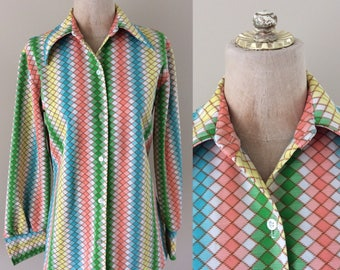 1970's Rainbow Print Polyester Button Up Vintage Shirt Top Blouse Size Large XL by Maeberry Vintage