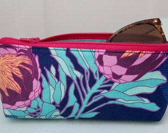 Zipper Sunglass case - Eyeglass Pouch - Gift for Her - Gift under 15 - Stocking Stuffer - Padded Sunglass Pouch - Floral Eyeglass case