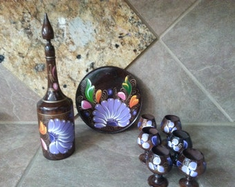 Vintage 9 Piece Baltic  Hand Made Wood Decanter Set, 6 Cups, Tray and Decanter, Beautifully Detailed Hand Painted, Excellent Condition