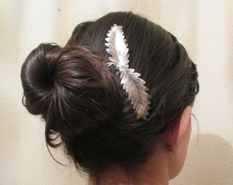 Silver plated leaves hair comb Silver Leaf headpiece Wedding tiara Bridal Crown Hair comb Accessories Bride Headband Gift for her Women