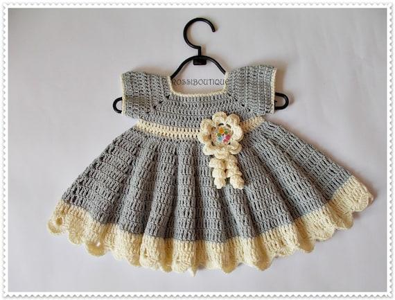 Graue häkelarbeitbaby Kleid häkeln Baby Kleider Neugeborene