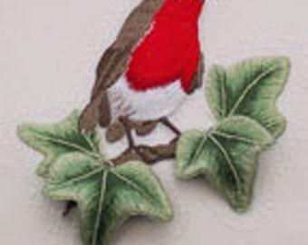 ST 308 Robin On Ivy Raised Embroidery Stump work Kit