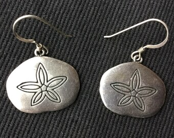 Sterling silver G&S sand dollar earrings