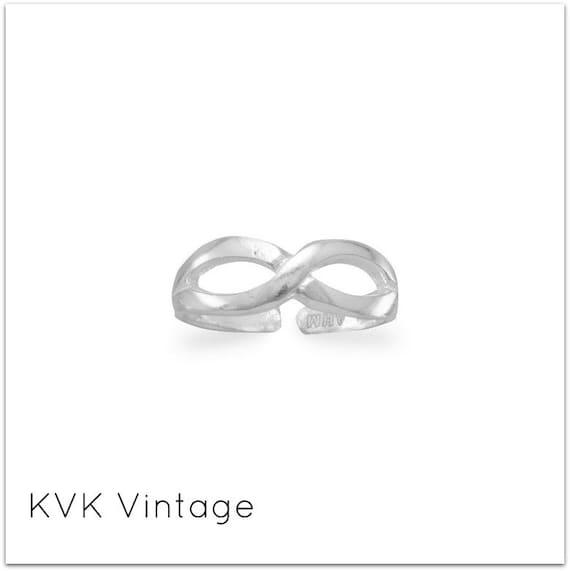 Infinity Design Toe Ring - Toe Ring - Rings for Toes - Foot Fetish - Sterling Toe Rings - Toe Rings