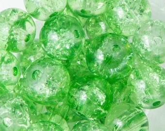 50 8mm light green Crackle glass beads