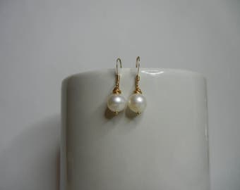 Gold Pearl Earrings, Fresh Water Pearl Earrings, Gold Earrings, Bridal Jewellery, Bridesmaid Gift.