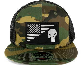 Punisher Black White American Flag Embroidered Patch Camo Flat Bill Snapback Mesh Cap (153-1120-USA-FLAG-59)