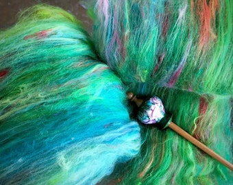 SPINNING BATT mini Art Batt made with luxury high end fibers Lovely colorway Right price to try something new. Spins like a dream Over 1 oz
