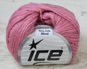 Knitting yarn, Destash yarn, wool yarn, pink yarn, ice yarn, Y27