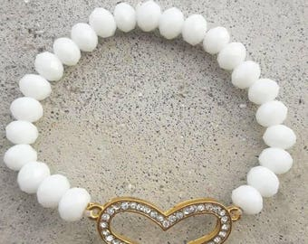Heart and pearl bracelet