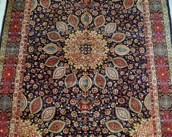 Large Persian Vintage carpet - 9'7 x 12'7 - 292 x 384 cm.