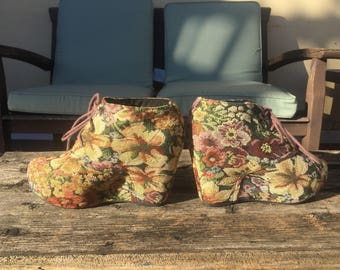 Tapestry Wedge Platforms Size 9 ladies