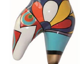 Petite statue dans le style des Nanas Niki de Saint Phalle, pour collection ou décoration, hauteur 12 cm