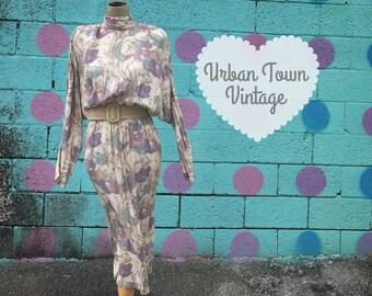 Vintage Lavender Teal Tulip Print Bat Wing Dress (Size Small/Medium)