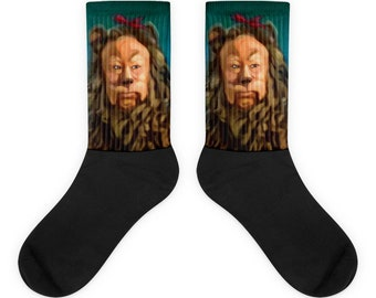The Cowardly Lion: The Wizard Of Oz Socks