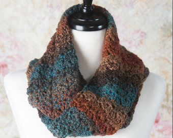 Infinity Scarf, Scarf, Circle Scarf, Fashion Scarf, Winter Scarf, Gift for her, Crochet infinity scarf, Loop Scarf, Cowl Scarf, Accessories