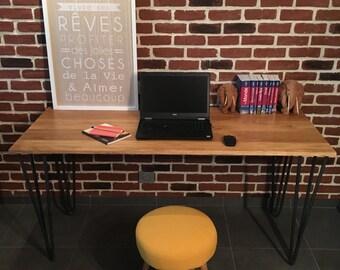 Desk in solid oak and feet pins raw steel