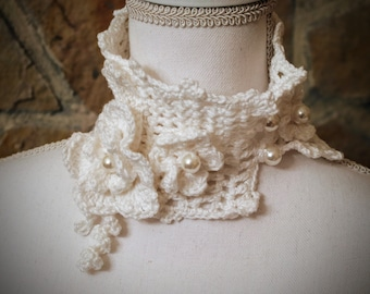 White cotton knitted with flowers and pearls