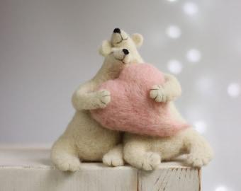 Needle Felted White Bears - Needle Felted Animals - Withe Polar Bears - Home Decor - Art Doll - Wool - Handmade - Gift Idea - Bears Decor