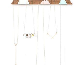 Présentoir à bijoux montagnes, organisateur de bijoux, cintre de bijoux, porte bijoux, design scandinave, décor à la maison en bois, cadeau de vacances