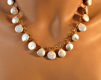 Pearl necklace,gold necklace,coin pearl necklace,fresh water pearl necklace,white pearl necklace,white coin pearl,white pearl,coin pearl
