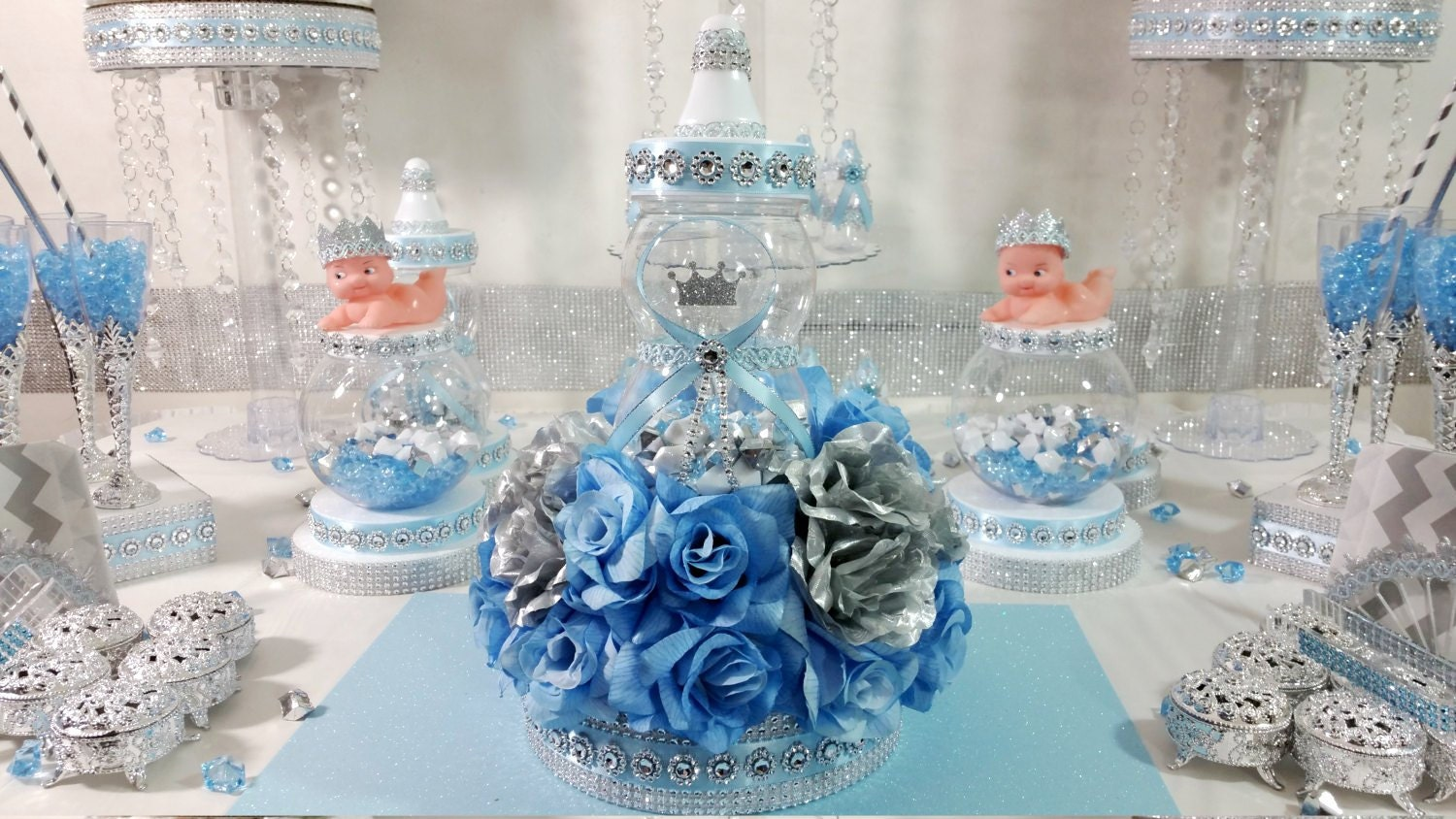 royal baby shower centerpiece for royal baby shower baby blue. Black Bedroom Furniture Sets. Home Design Ideas