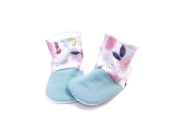 Flower baby booties, Flower Toddler shoes, Baby girl, Coming home outfit, Baby Shower gift, Baby shoes, 1st birthday gift, Unique baby gift