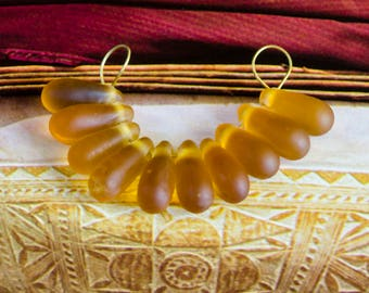 20 pcs. Glass beads drop mat honey colored amber colored 1,5 cm