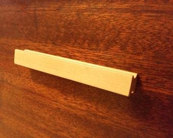 Maple Wood Basic Cabinet Pull