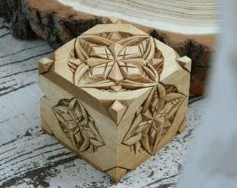 Carved Jewelry Rustic Proporsal Engagement Box 5th Anniversary Wedding Gift Basswood Small Storage Proposal Engagement Ring Box Wooden Box