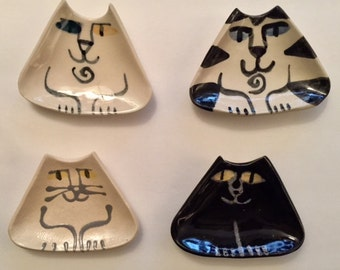 Cat Pottery black white mini ring trinket spice dish triangle shape cat lover Gift handmade clay whimsical happy cat feline decor