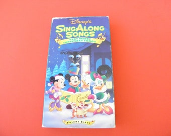 Very Merry Christmas Songs VHS Video Tape Box Cover Pre-owned VOL 8