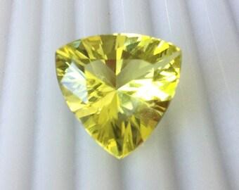 16.85 Carat Yellow Lemon Quartz, Trillion, Loose Gemstone