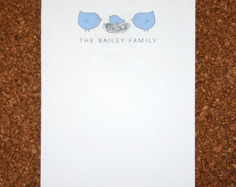 Set of 4 Personalized Notepads with Birds and Nest / Customized with Family Name / Custom Note Pad / Bird Family