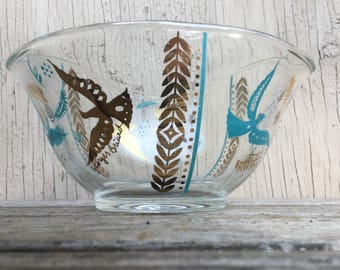 Georges Briard Nut Bowl - Retro Mid Century Small Glass Peace Doves