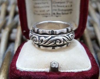 """Vintage Sterling Silver Ring,""""Worry Ring"""", Spinning Ring, Size i"""