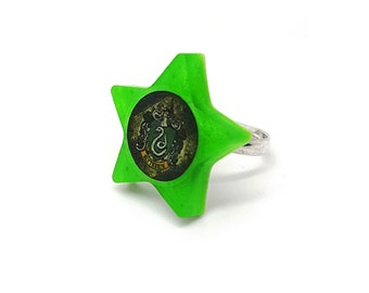 Slytherin Hogwarts House / Avada Kedavra Harry Potter Spell / Snake Star Resin Adjustable Ring Jewellery