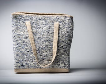 Linen shoulder bag with handwoven pattern