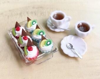Miniature Cupcakes with Tea Set,Miniature Cake,Miniature Coffee Set,Miniature Sweet,Miniature Tea Set,Dollhouse Miniature,Cakes