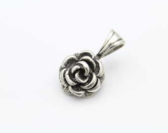 Vintage Chunky Open Rose Pendant in Solid Sterling Silver. [8705]