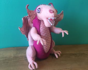 Sárkány The Dragon-Creatures By Hetty Jean